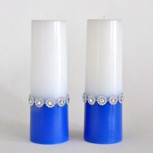 Set of 2 blue and white candles